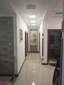 (西董办)鹤伴豪庭3室2厅1卫165m²精装房