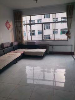 3室2厅1卫115m²简单装修