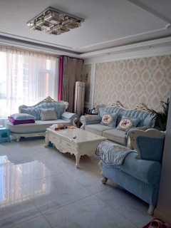 (西董办)鹤伴豪庭3室2厅1卫166m²简单装修