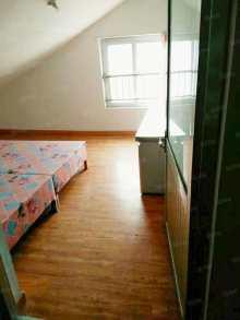 (开发区)香槟广场2室2厅1卫98m²简单装修