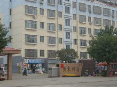 (山南)黄东小区3室2厅1卫114m²简单装修,69万带车位