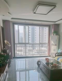 黄东小区电梯房114平精装带车位储藏室67万