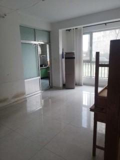 (山南)山水倾城4室2厅2卫149万193m²简单装修出售