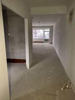 (山南)星河上城123平1楼带小院三居室139万
