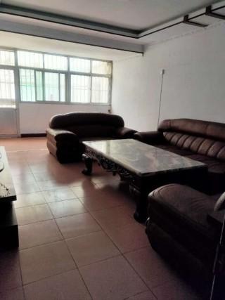 (山北)工商局宿舍3室2厅1卫1300元/月106m²简单装修出租