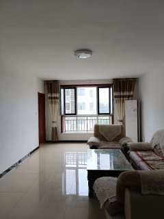 山南溪河新村3室2厅2卫1800元/月145m²简单装修出租